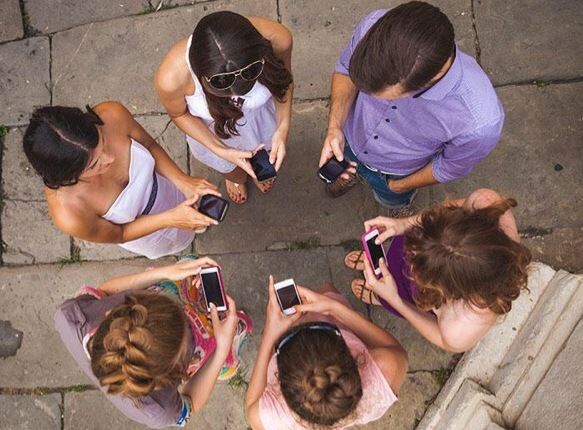 How Much Time Should Teens Spend Online?