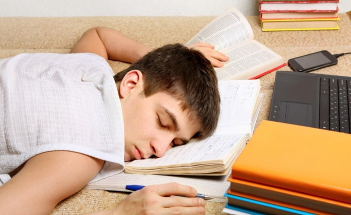 Helping Teenagers Get EnoughSleep